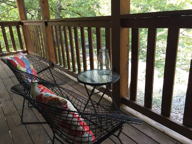 Rustic Relaxation on the Little River in Smokies!