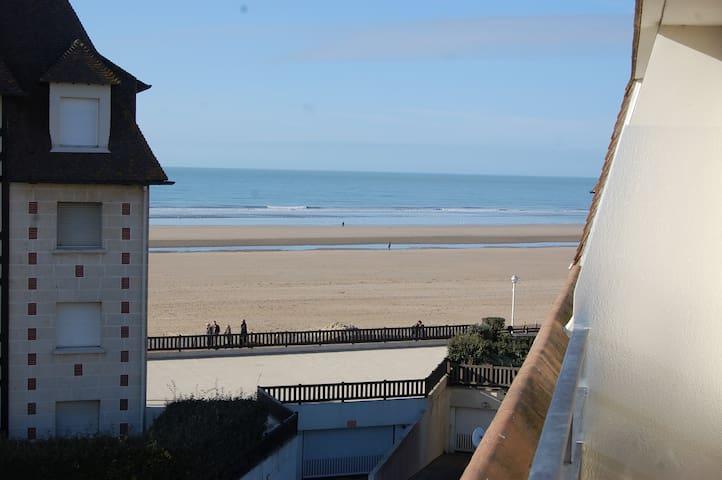 Magnifique studio vue mer - Benerville-sur-Mer - Byt