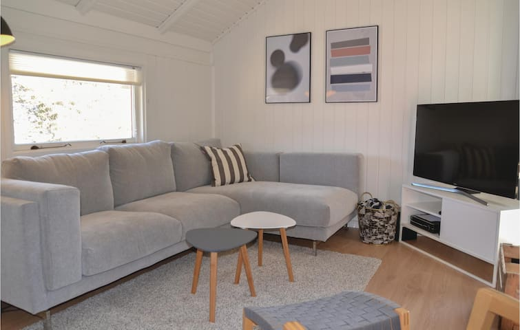 Holiday cottage with 3 bedrooms on 66m² in Vejers Strand