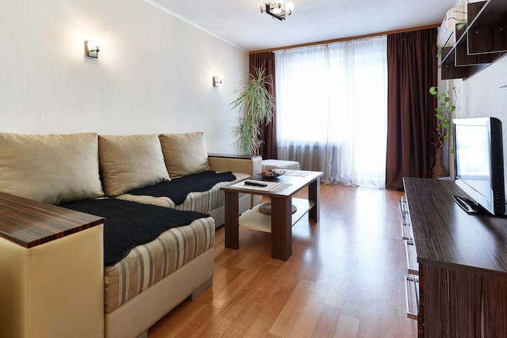 41, Nyzhnii Val (Podol), 2 bedroom