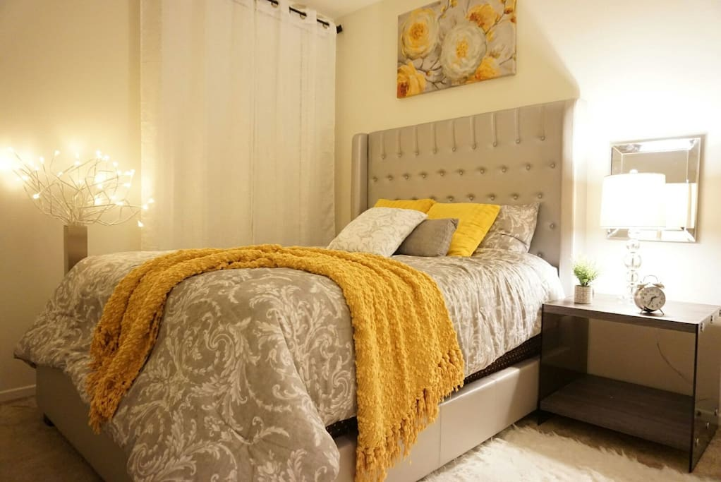 First master bedroom with queen size bed