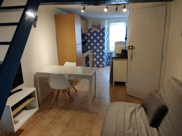 Appartement T3 pour 4/6 pers Ax Les Thermes WIFI