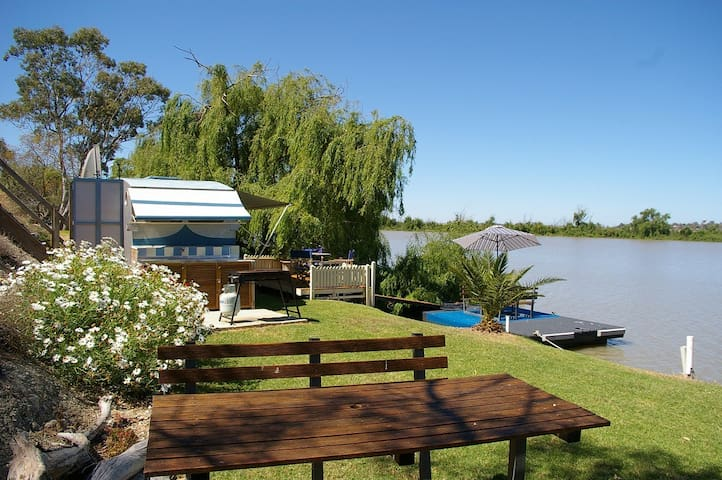 Holiday on Murray (PET FRIENDLY) - Tailem Bend - Dom