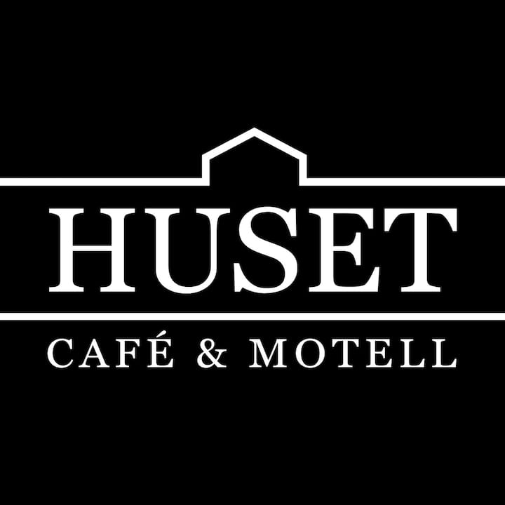 Huset Cafe & Motell