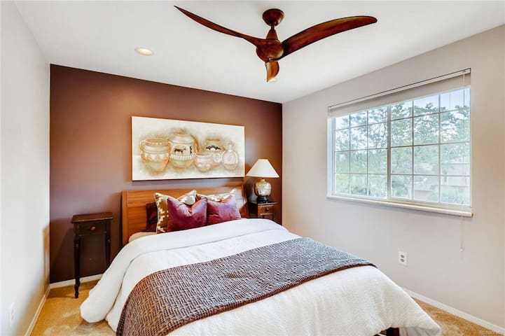 Warm, Friendly, Guest Bedroom with Queen Bed