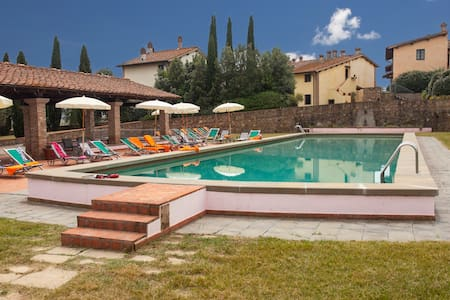 4 pax cozy tuscan style apt & pool - Montaione - Lägenhet