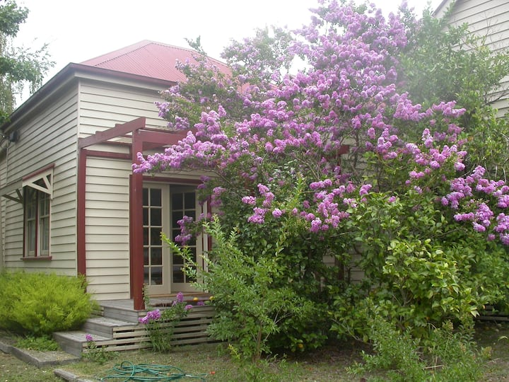 Summerlands B & B in the heart of Alexandra