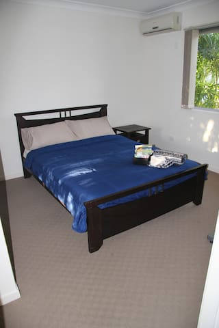 Coopers Plains Bedroom - Coopers Plains - Casa