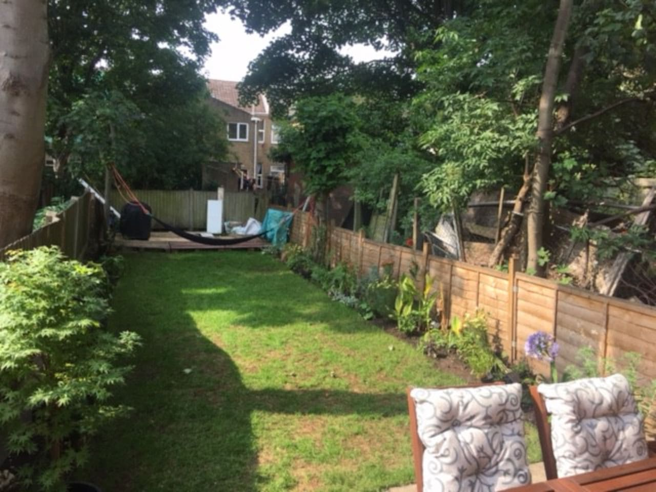 Hammock and BBQ included with your own private tropical garden ...