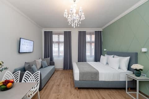 Hidden Gem Unique Apartment! ❤️