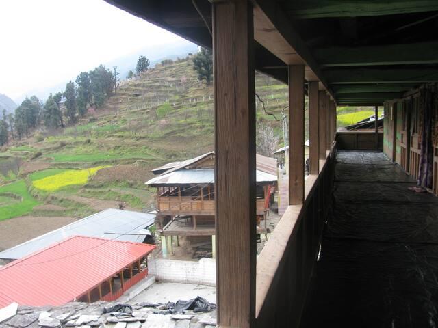 Kedarkantha Trek base Dev's Himalayan House