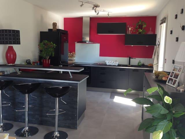 Maison de 75M² à 15 mn de la plage - Montbazin - Talo
