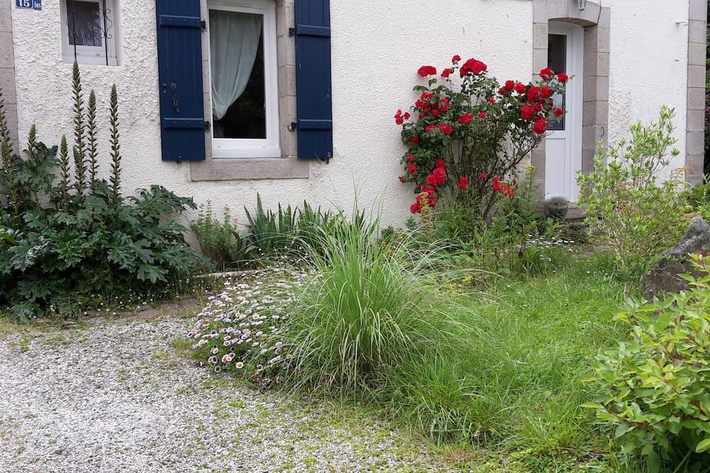 Le jardin de devant