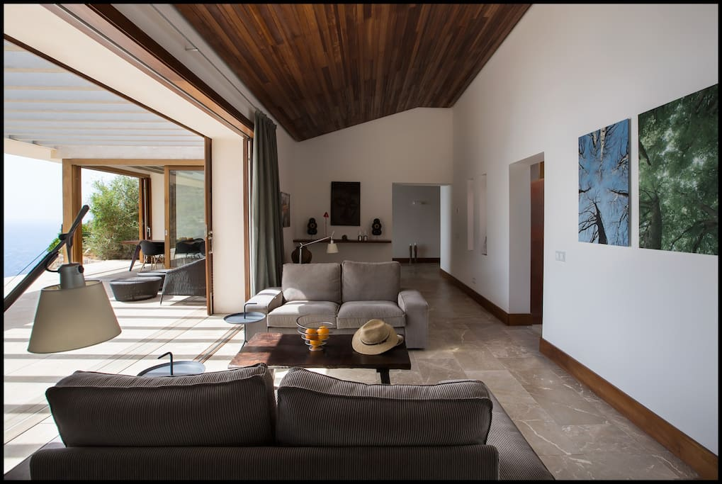 living room with amazing seaviews open to a large terrace