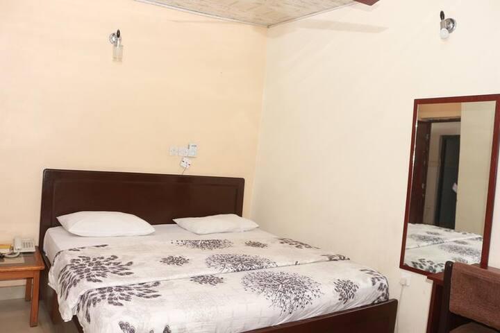 Elmariz Kitchen Motel - Royal Double Room