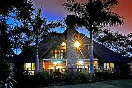 Khutso Lapeng, Kruger Park Lodge - Hazyview - Xalet