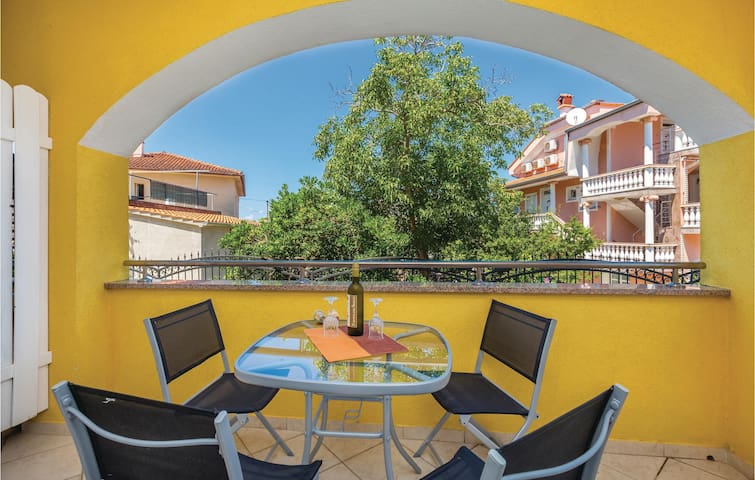 Holiday apartment with 1 bedroom on 48m² in Malinska