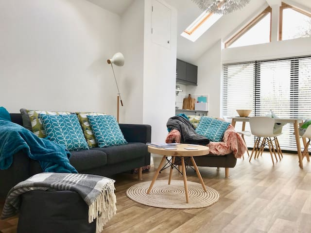 "Unique One Bedroom ""Scandi"" Style Mill Cottage"