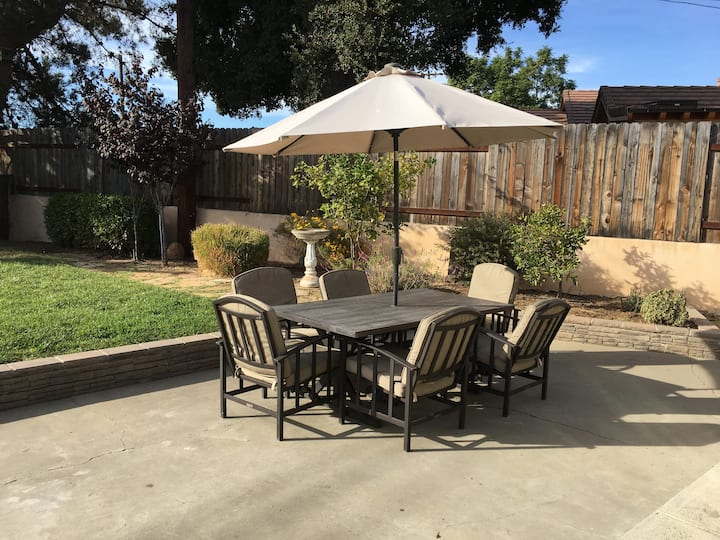 Lovely and Bright 3 BD/2BA