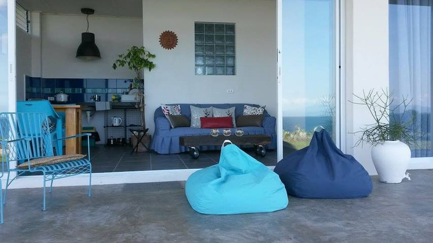 Modern Seaside Apartment - Barili - Barili - Apartamento
