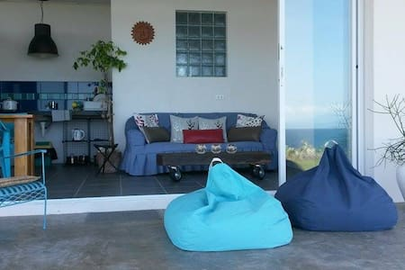 Modern Seaside Apartment - Barili - Barili - Appartement