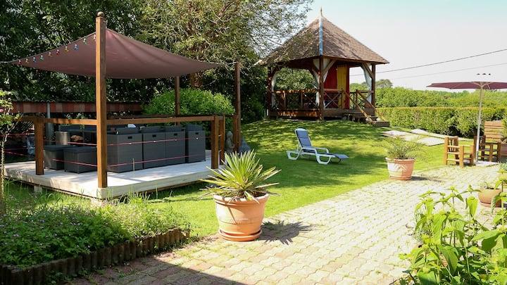 Superbe loft 170 m² avec piscine chauffée + studio
