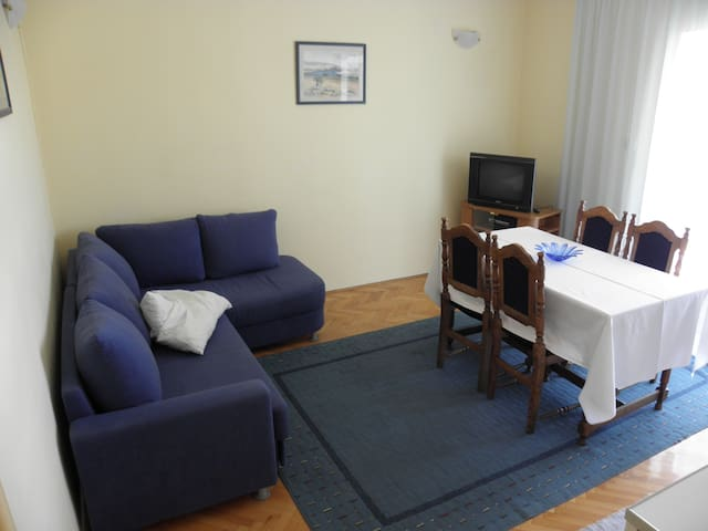 Apt.1 center Novalja for 4 people - Novalja - Byt