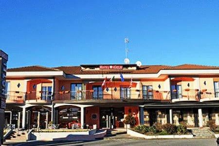 Hotel Lago Maggiore - Castelletto sopra Ticino