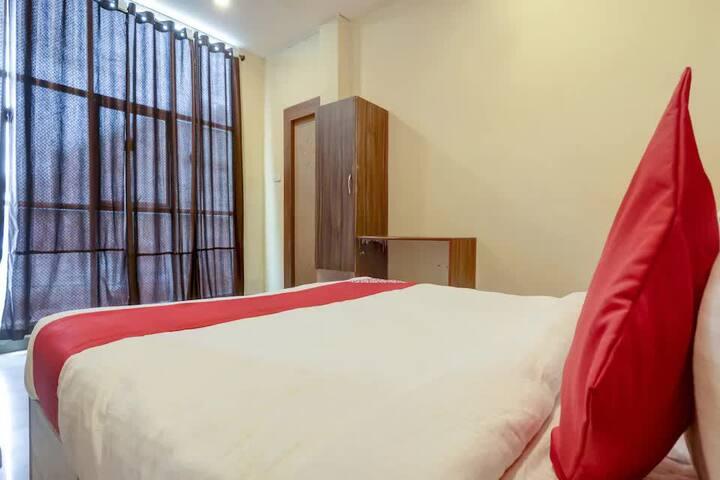 Cozy Rooms walkable from LB Nagar Circle