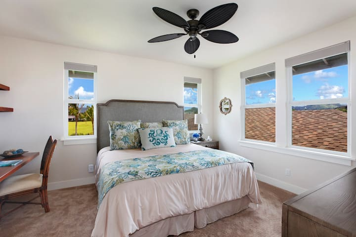 """Bedroom 3 with 50"""" TV, Blackout Blinds, desk, and beautiful golf course and mountain views."""