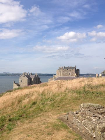 Take a trip to Blackness Castle from Outlander