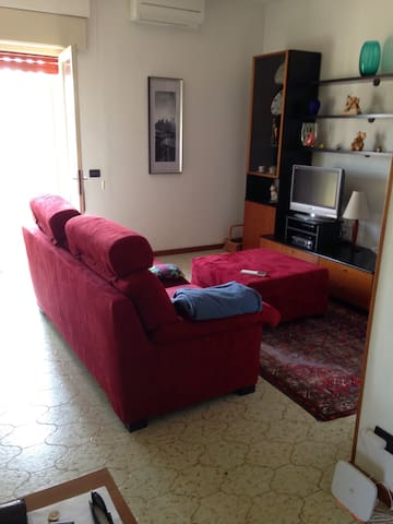 apartment just 10 minutes from downtown - Vicenza - Apartamento