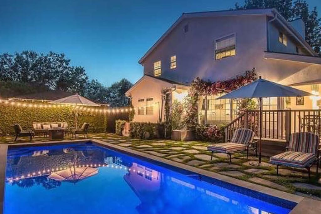 Newly Remodeled And Furnished Brentwood Home Houses For Rent In Los Angeles California