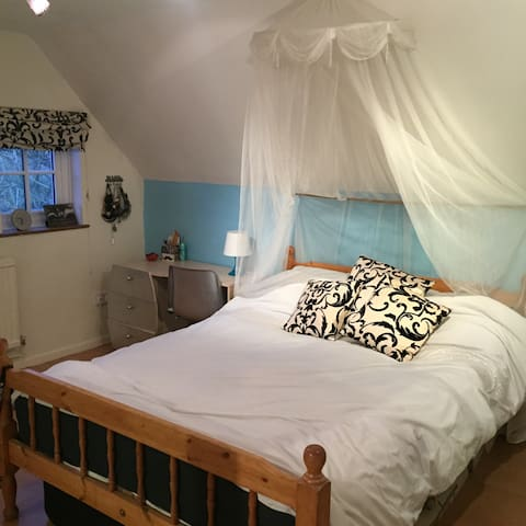 Spacious double room(s)cottage - Preston Bissett
