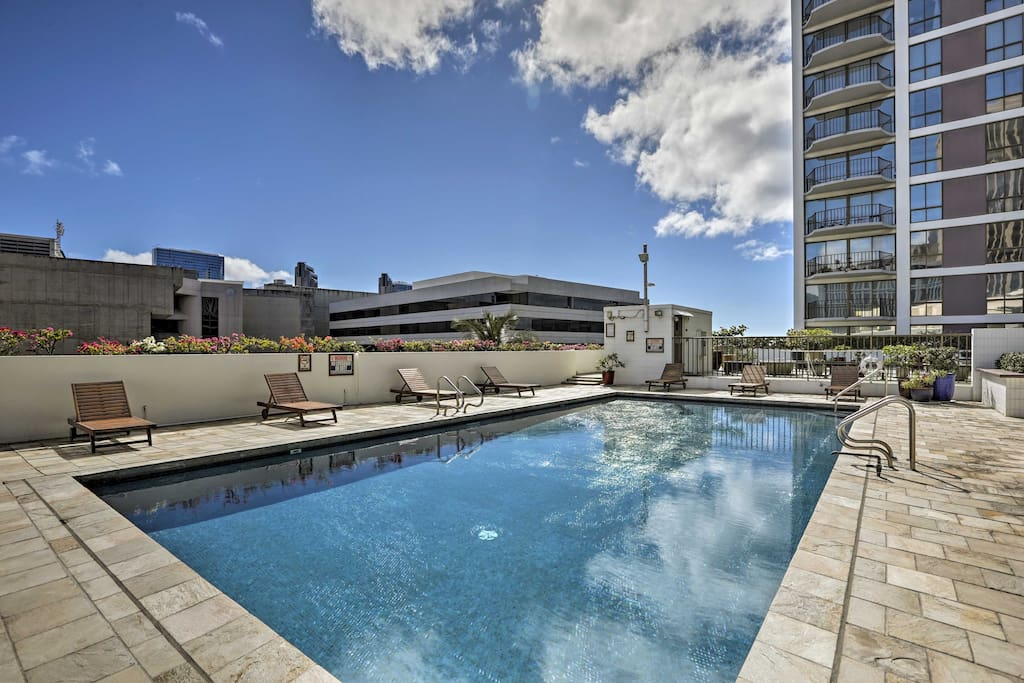 When you're not out exploring downtown, take full advantage of the resort's rooftop pool.