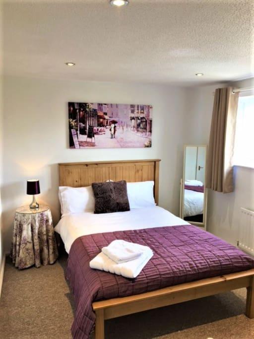 Rooms For Rent Near St John S University