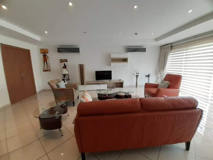 Modern 2bedroom available for a wonderful stay