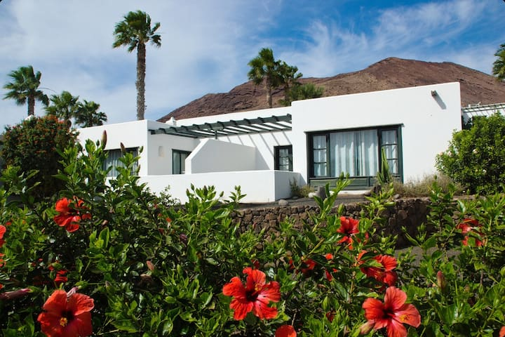 Bungalow for 2 people at Palmeras Garden Apartments