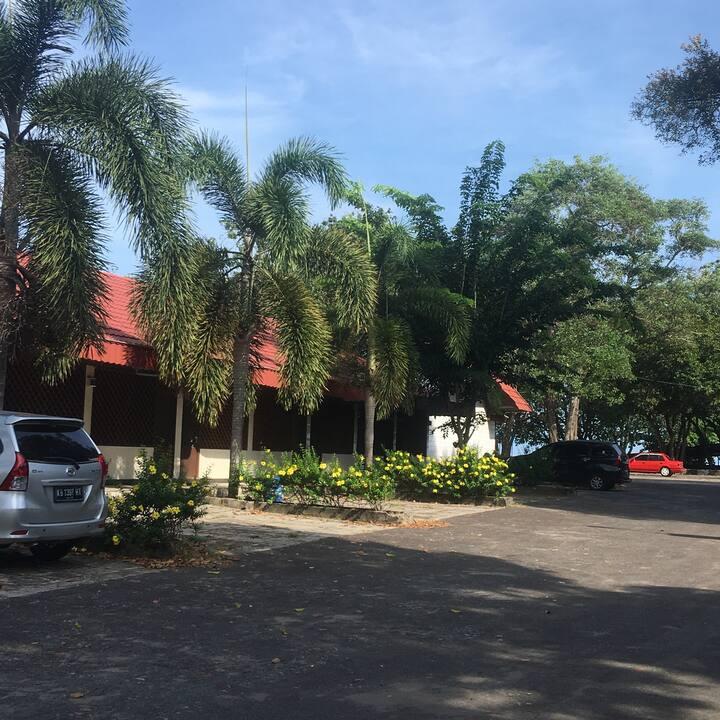 FamilyRoom NBV H.Palapa Singkawang Wifi 100Mbps