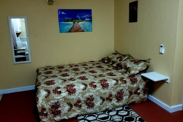 Careffe Suites (Apt 3) - 5 mins from Rodney Bay