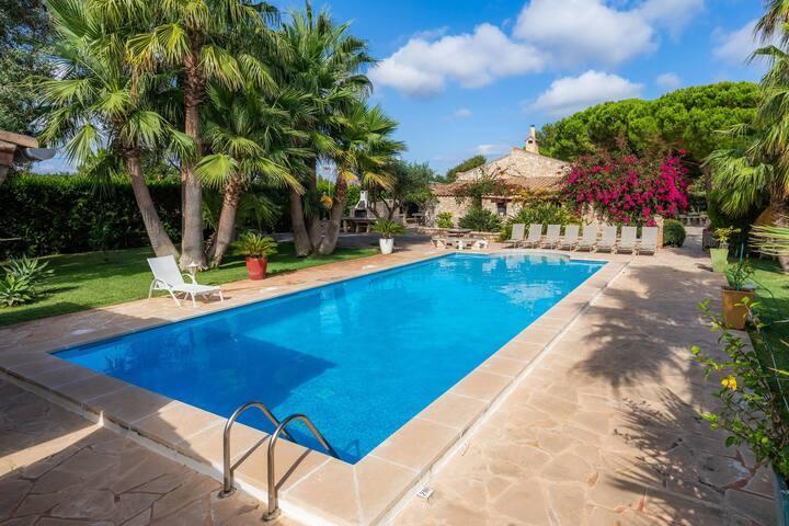Belle maison de vacances Ses Rodes avec piscine, Wi-Fi, jardin et terrasses; Parking disponible, Animaux acceptés