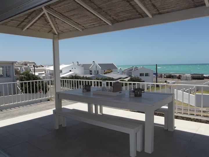THE BEACH HOUSE (Wi-Fi)