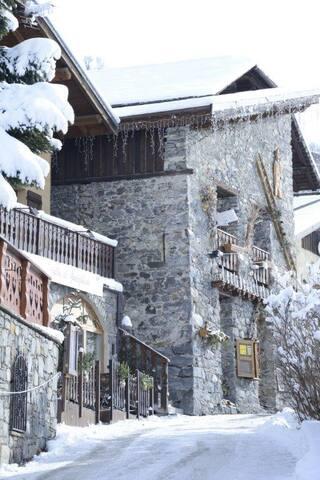 Mountain chalet: St Martin-3Vallées