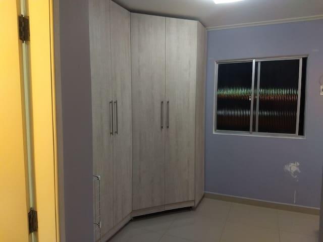 Quarto Inteiro - Suite Casal Climatizada