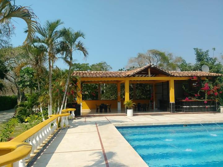Confortable Casa Campo- Villa Palma