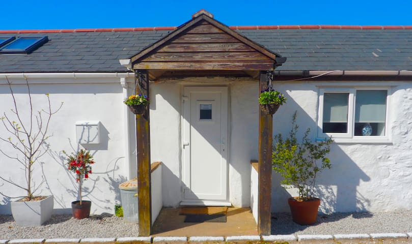 Your private entrance to The Annexe