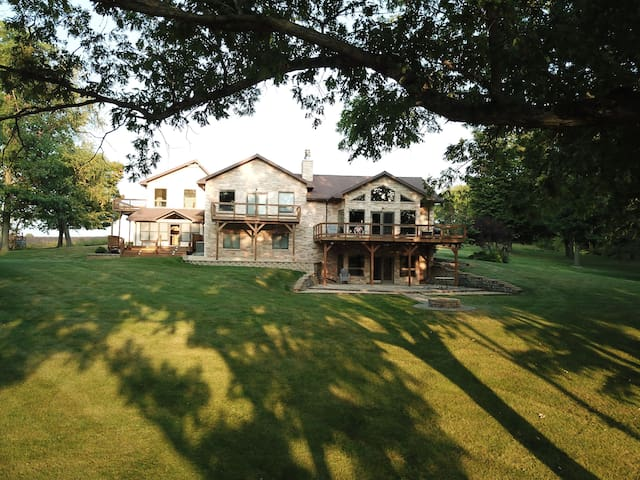 *NEW*  Exclusive Gated Riverfront TriLevel Home