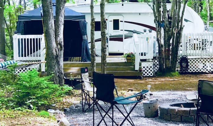 Seasons in the Sun RV Rental