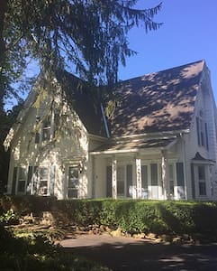 4BR brookside home, c. 1882, near Cooperstown, NY - Laurens
