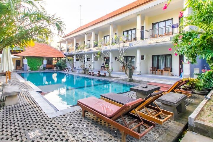 Tropical Holiday Room by Uluwatu Beach #D9
